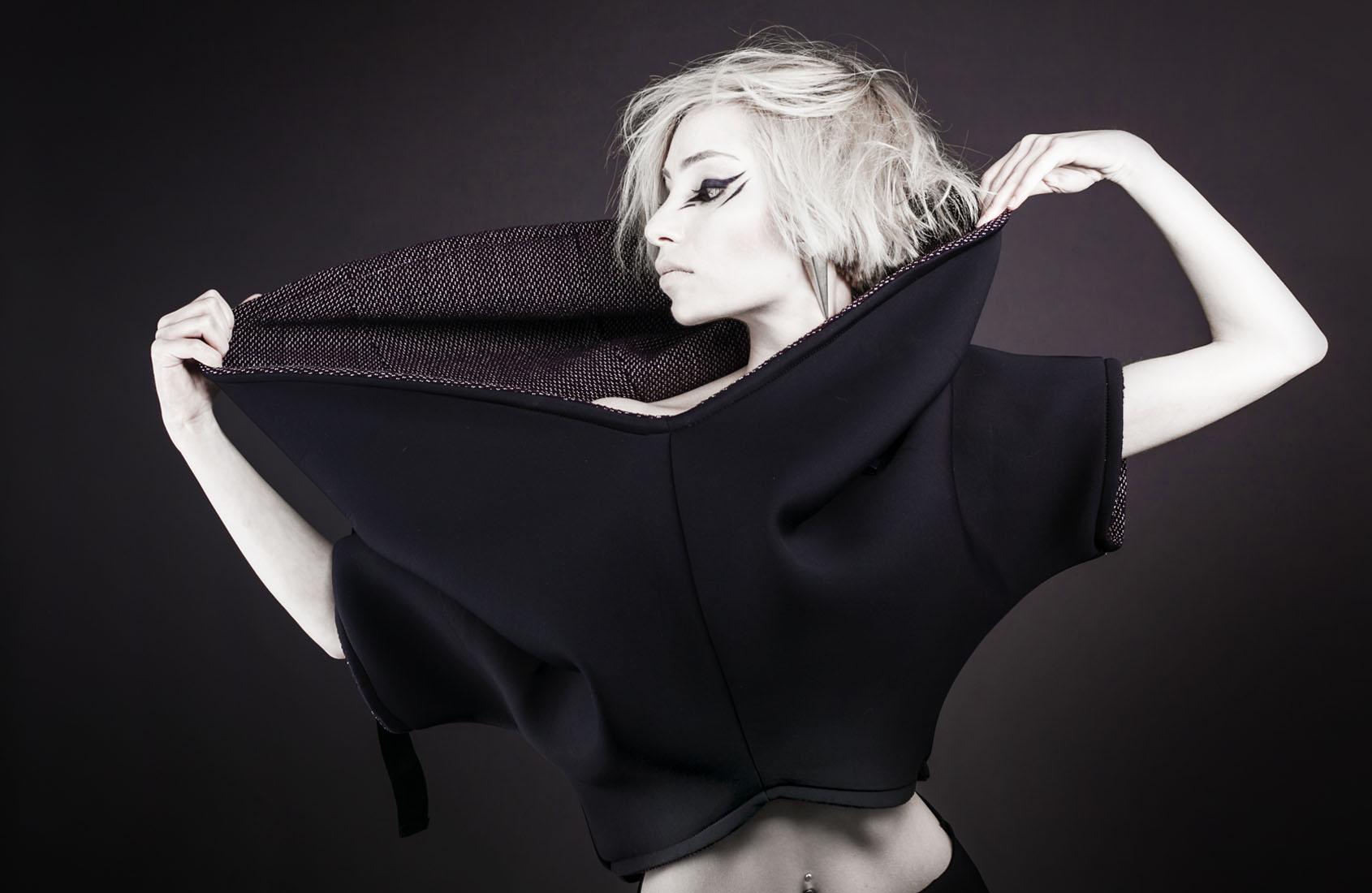 maria-grazia-uras-header-model-4