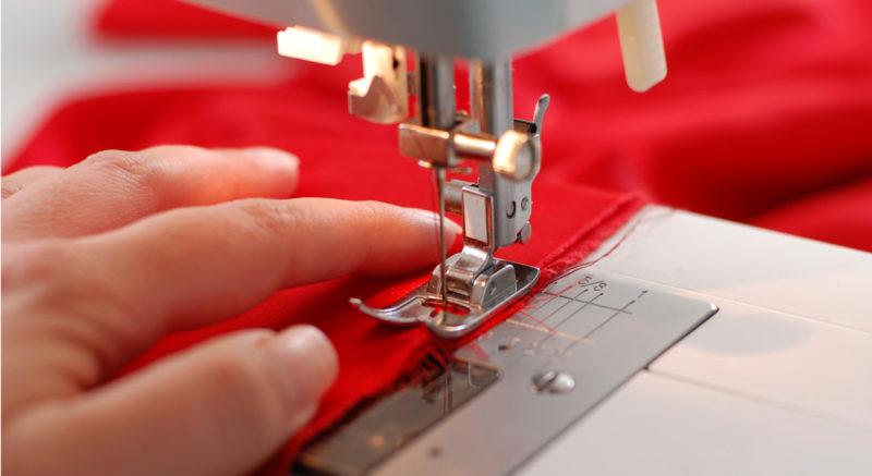 corsi cucito Cagliari laboratorio sartoriale macchina da cucire utilizzo
